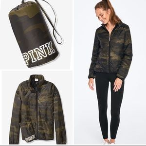 VS PINK PACKABLE PUFFER Jacket Earthy Camo L.